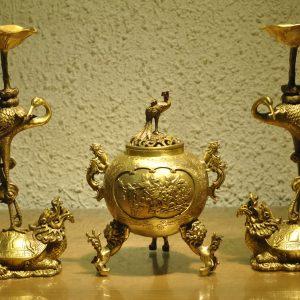 Bộ Tam Sự Tam Tuyệt Đồng Vàng