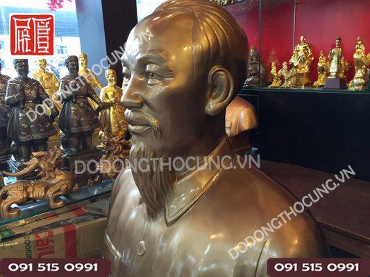 Buc Tuong Dong Bac Ho Co Lon(3)