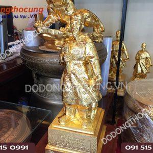 Buc Tuong Tran Hung Dao 50cm Dat Vang Ta (4)