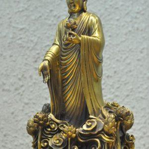 Tượng đức Phật đứng đài Sen (1)