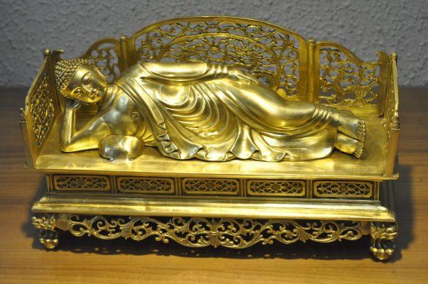 Tượng Phật Niết Bàn (2)