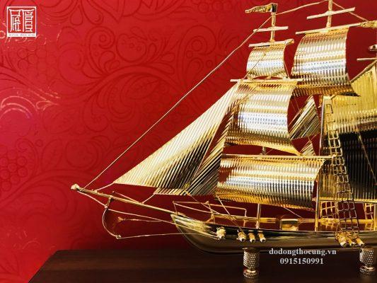 Thuyền Buồm Mạ Vàng Nhỏ Mẫu 1 (2)
