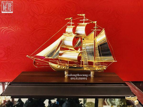 Thuyền Buồm Mạ Vàng Nhỏ Mẫu 1 (3)