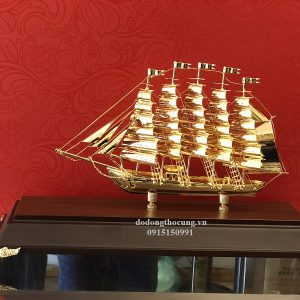 Thuyền Buồm Mạ Vàng Nhỏ Mẫu 2 (3)