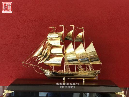 Thuyền Buồm Mạ Vàng To (2)