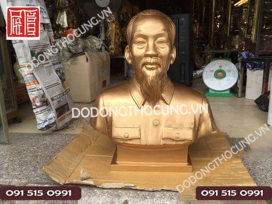 Tuong Bac Ho Bang Dong Cao 61cm (5)