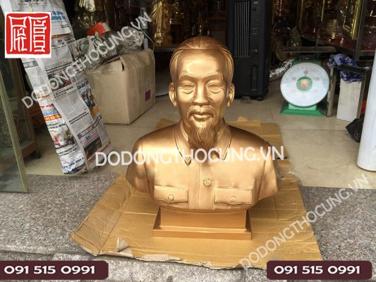 Tuong Bac Ho Bang Dong Cao 61cm