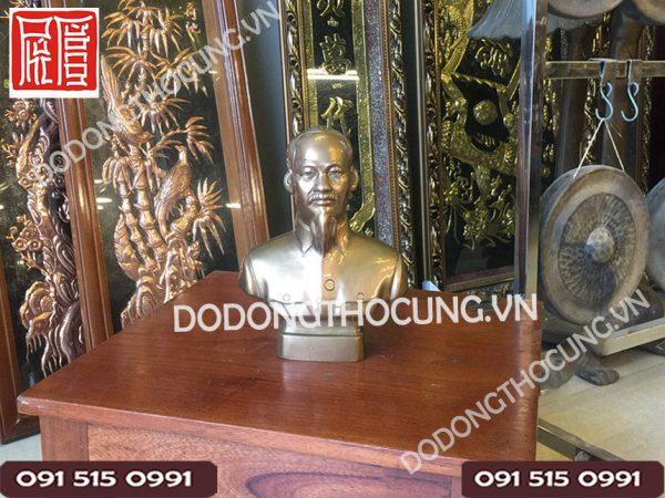 Tuong Bac Ho De Ban