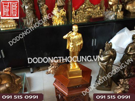 Tuong Bac Ho Dung Chao Thep Vang(2)