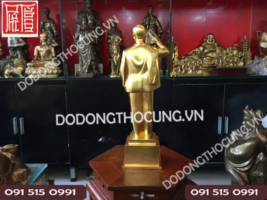 Tuong Bac Ho Dung Chao Thep Vang(4)