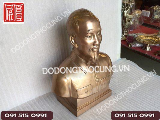 Tuong Ban Than Bac Ho Bang Dong 2
