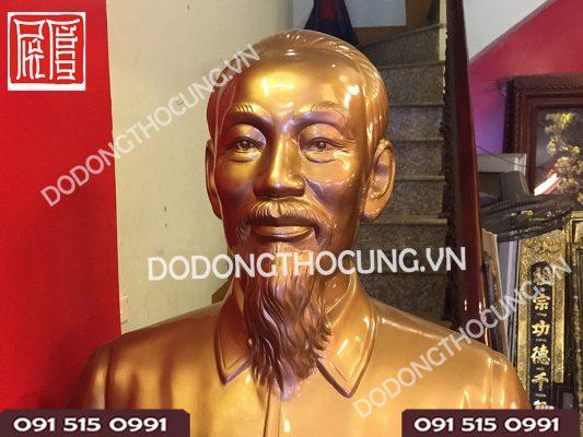 Tuong Dong Chan Dung Bac Ho 81cm