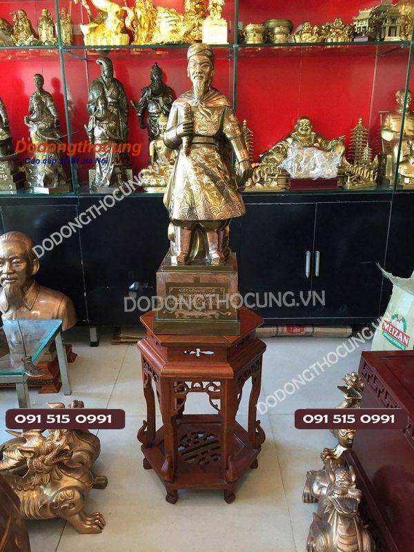 Tuong Dong Cu Tran Hung Dao 69cm(2)
