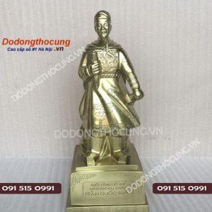 Tuong Dong Tran Quoc Tuan Cao Cap