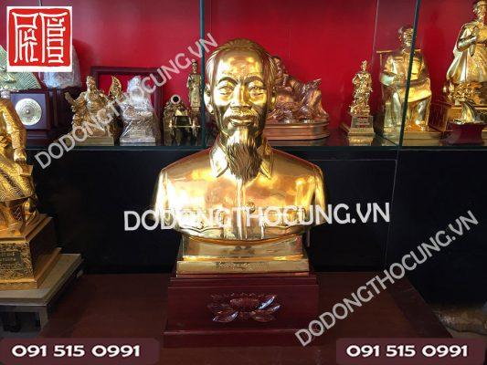 Tuong Nua Nguoi Bac Ho Dat Vang 60cm
