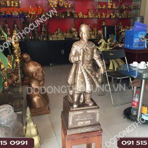 Tuong Tran Hung Dao Kham Tam Khi Hang Dat 75cm (5)