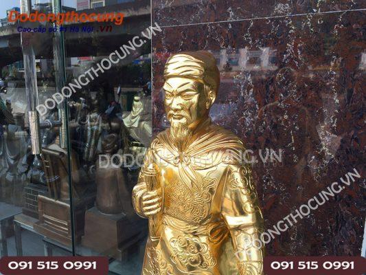 Tuong Tran Quoc Tuan Thep Vang 68cm (3)