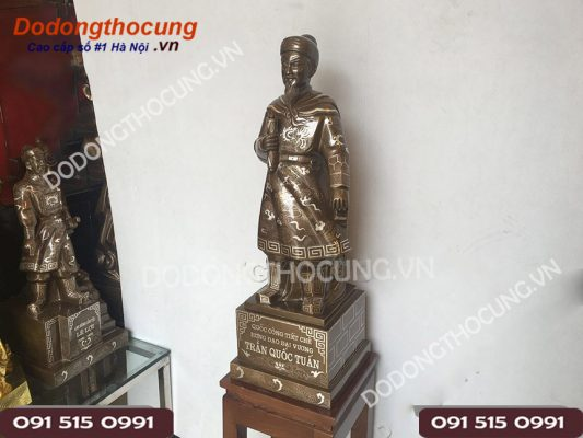 Tuong Tran Quoc Tuan Tuyet Dep Cao 70cm 1